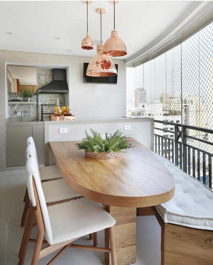 Móveis para varanda gourmet: quais as peças essenciais?