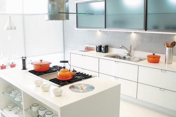Móveis planejados: cozinha quase transparente
