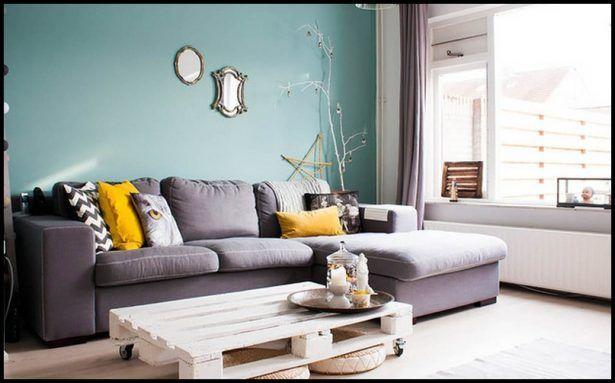 Salas decoradas: sofá grande