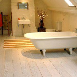 Piso para banheiro: piso lindo madeira