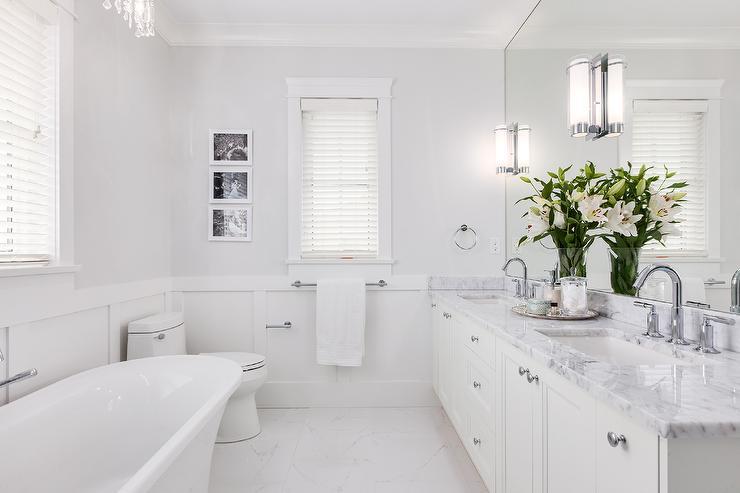 Piso para banheiro: tudo claro - porcelanato