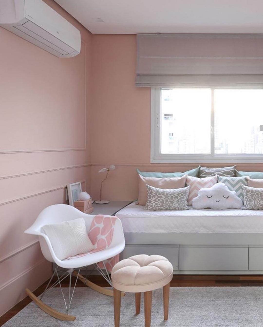 Boiserie: quarto de criança