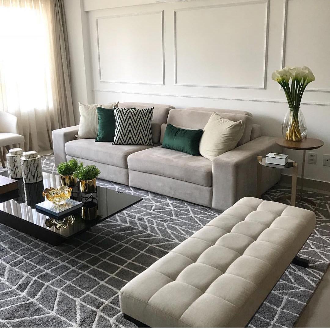 Boiserie: sala de estar tapete lindo